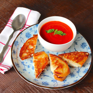 Italian Grilled Cheese with Tomato Soup