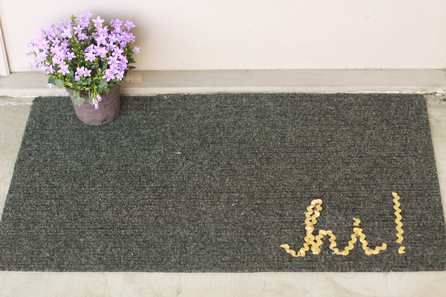 DIY Customized Welcome Mat (3)