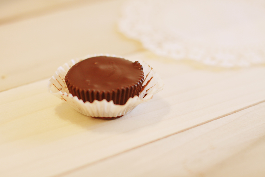Homemade Peanut Butter Cups {National Peanut Butter Day} Lemony ...