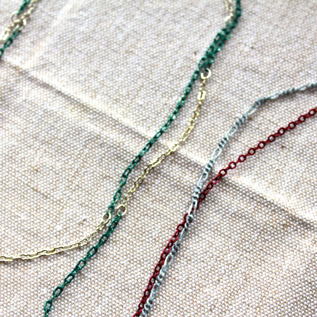 Upcycle A Chain Necklace With Nail Polish Alyssa And Carla