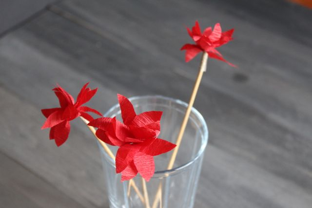 poinsettia swizzle sticks from www.alyssaandcarla.com