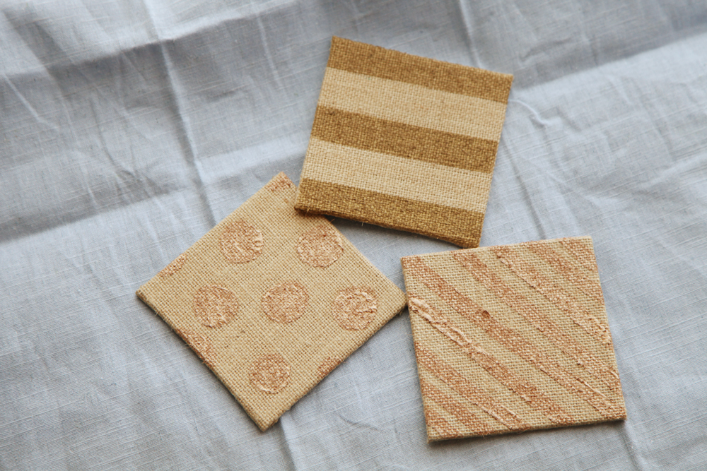 DIY Burlap Coasters from alyssaandcarla.com