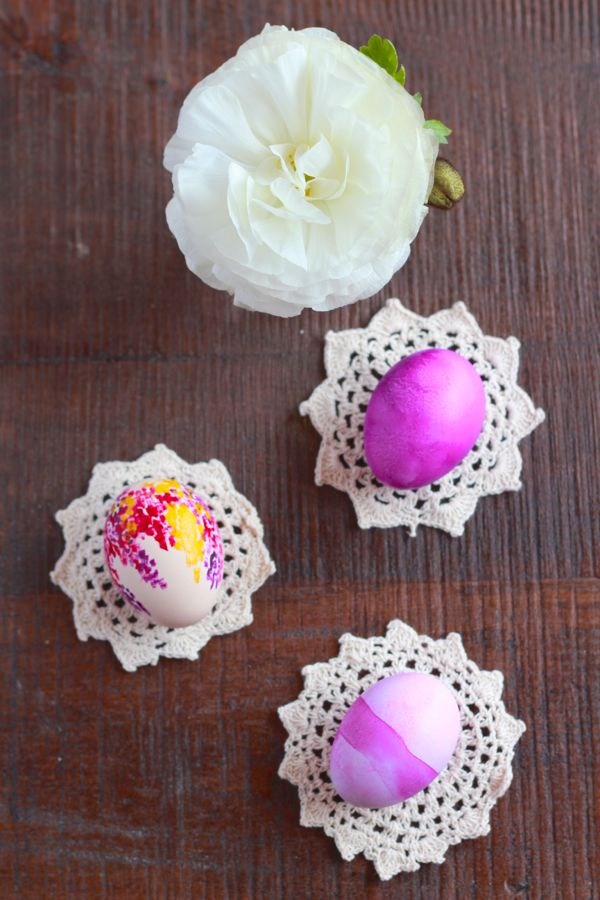 watercolor easter eggs at www.alyssaandcarla.com