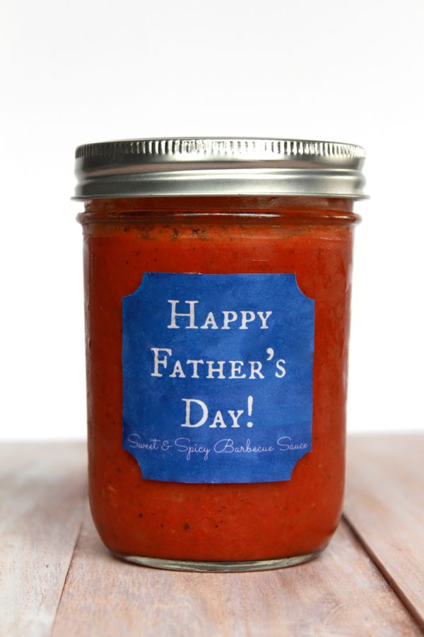 father's day bbq sauce printable from www.alyssaandcarla.com