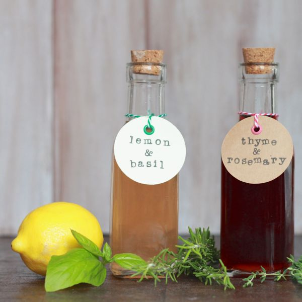 infused vinegars at www.alyssaandcarla.com