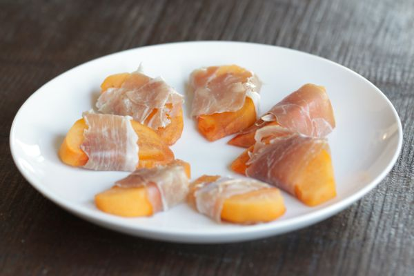 persimmon-and-prosciutto-from-alyssa-and-carla