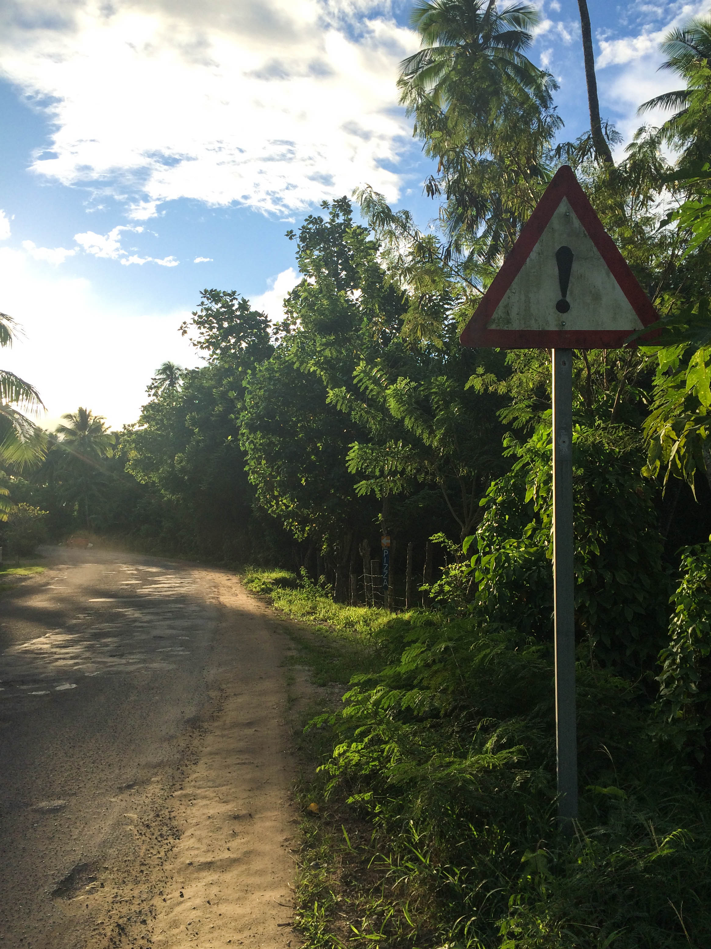 roads on moorea