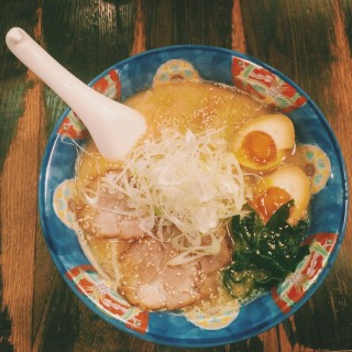 5 Foods You Have to Eat in Sapporo: Miso Ramen | Alyssa & Carla