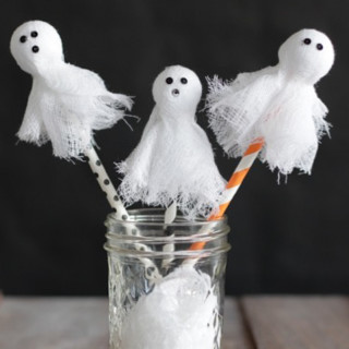 halloween-ghost-swizzle-sticks