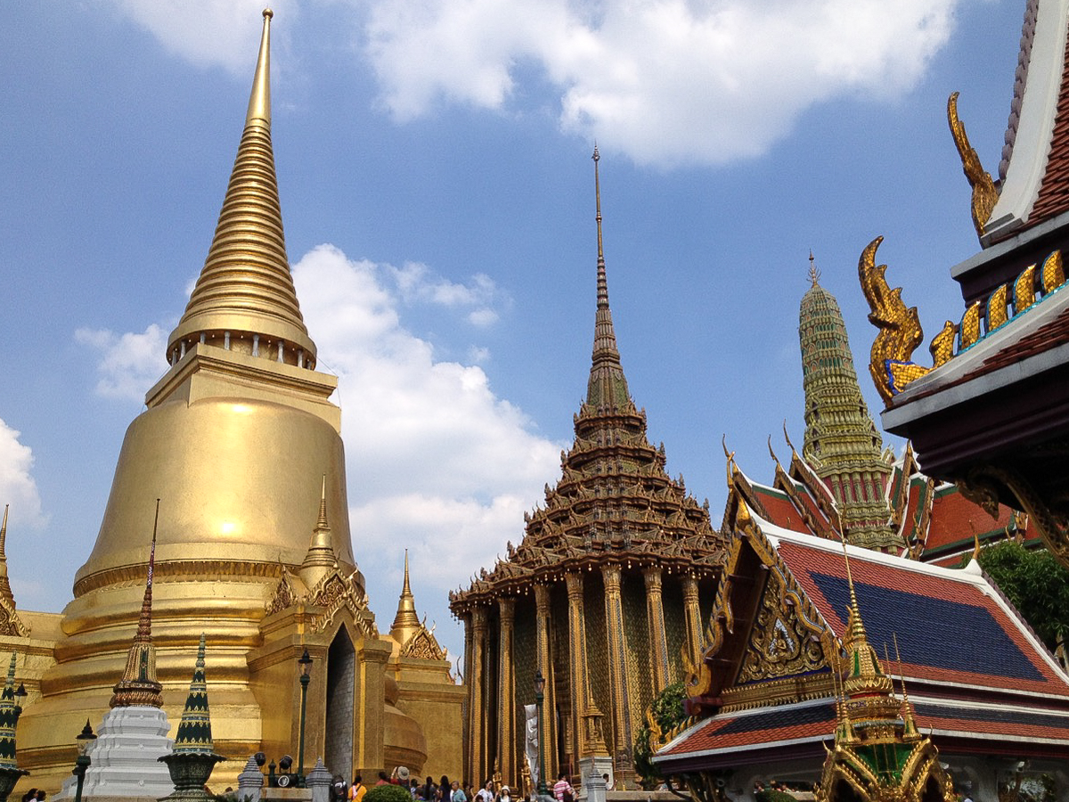 10 (+3 bonus) tips to prepare for travel to Southeast Asia - Wat Phra Kaew on the Royal Palace grounds in Bangkok, Thailand