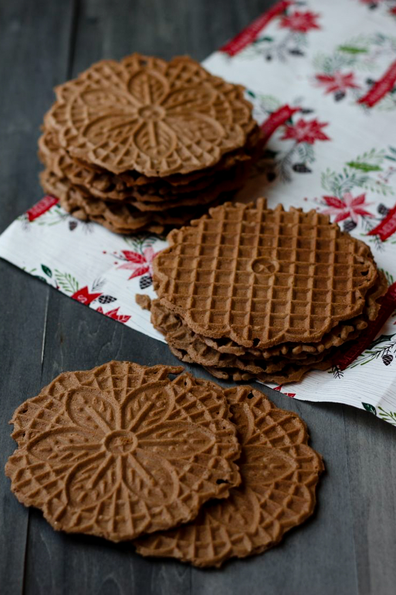 20141228-chocolate hazelnut pizzelle - 2