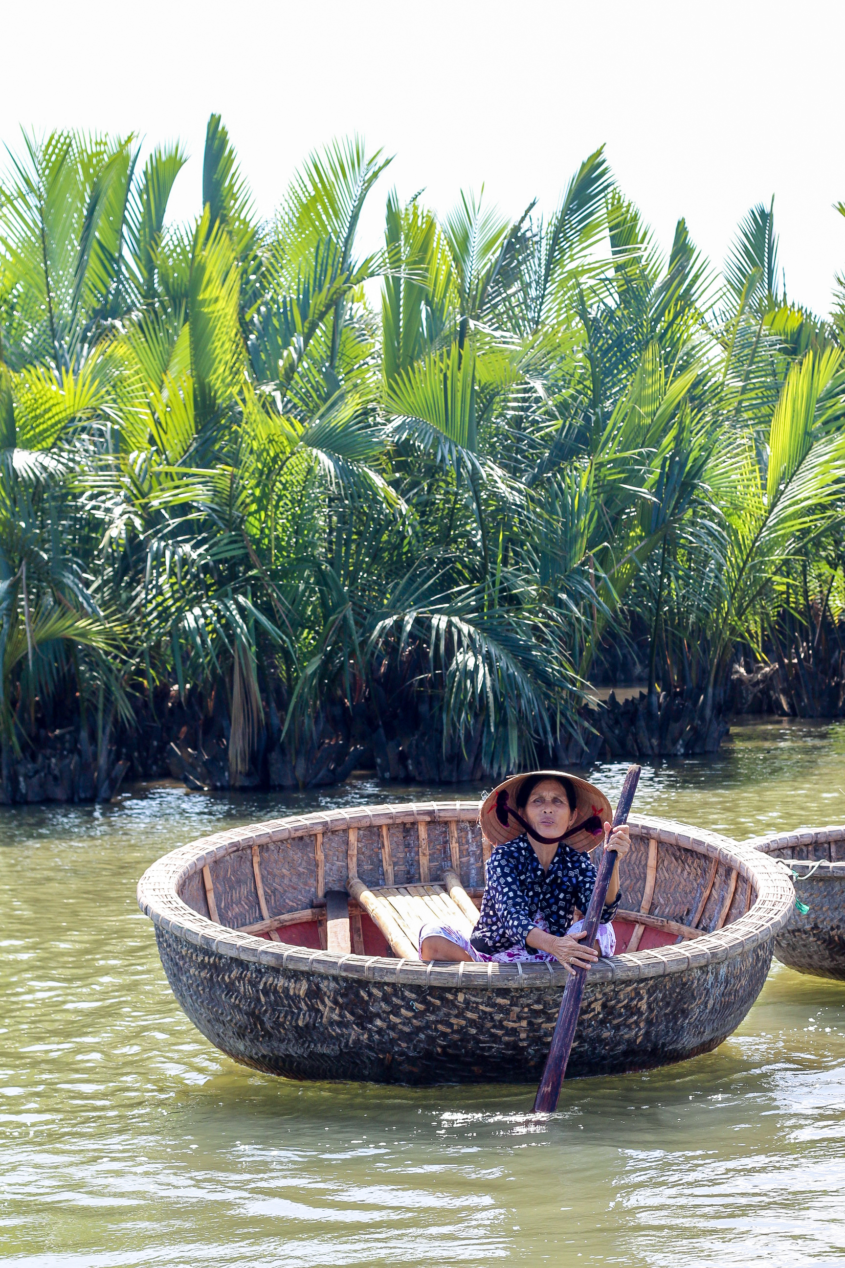 Hoi An Eco Coconut Tour - Round woven boats | Alyssa & Carla