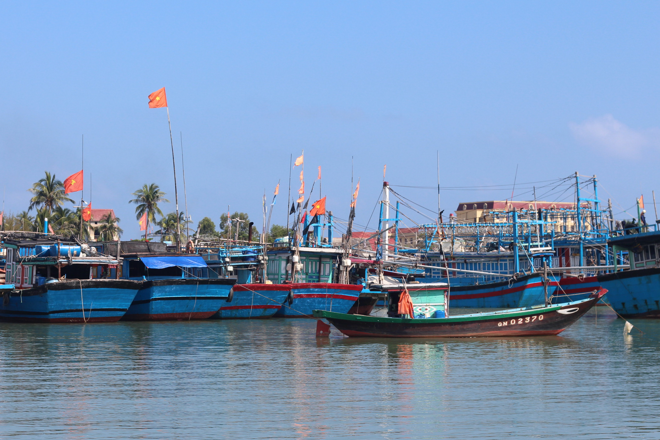 Hoi An Eco Coconut Tour - Fishing Boats | Alyssa & Carla